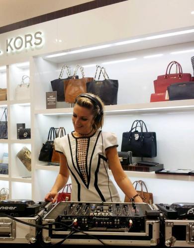 DJ Zoe